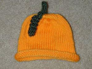 Lastminute_pumpkin_hat_101705